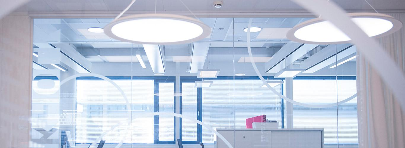Tunable White LED light fittings in office space